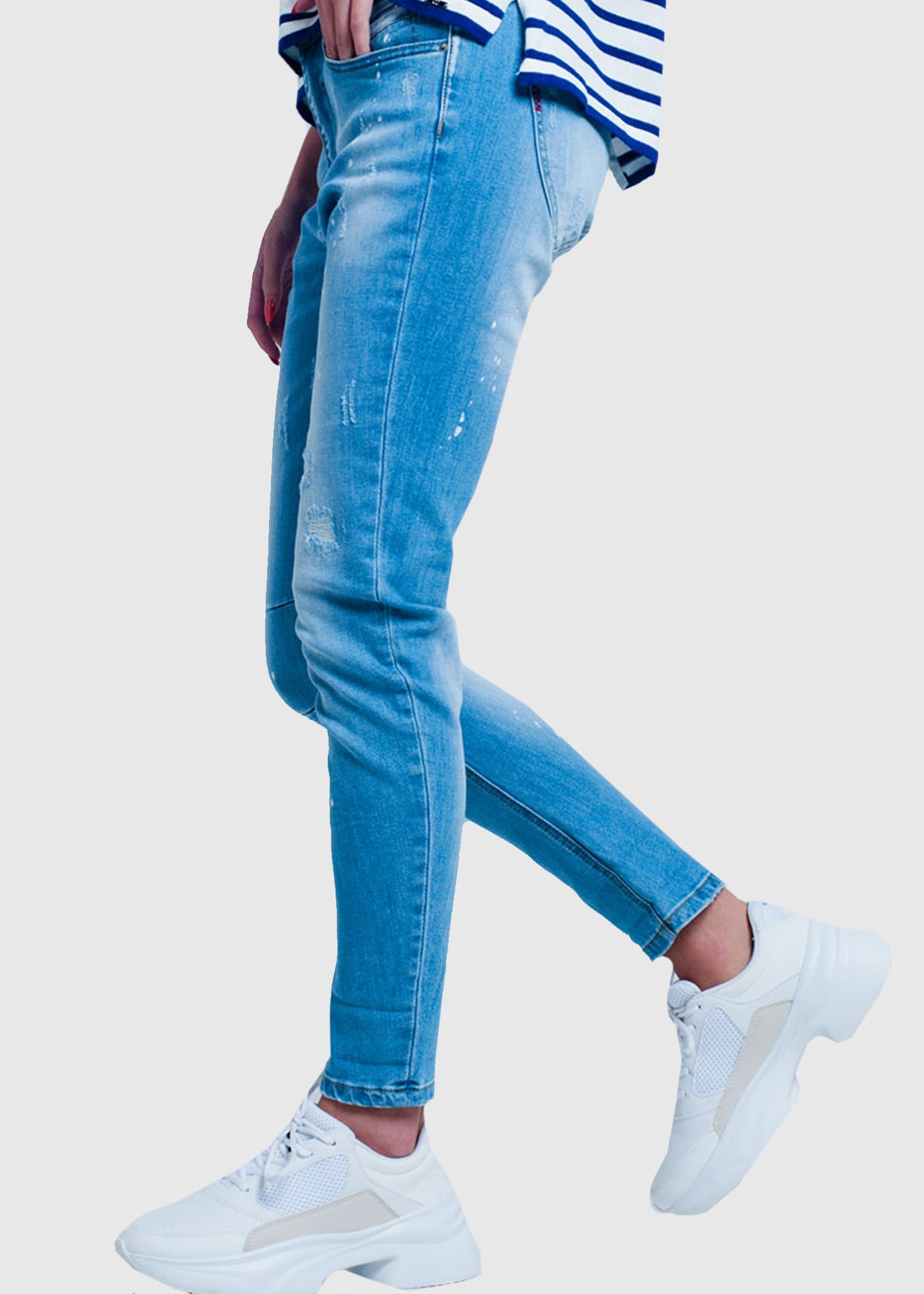 Photo №2 Slim Fit women's distressed jeans